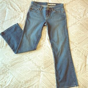 DKNY Jeans Boot Cut size 28